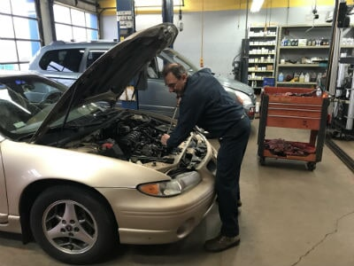 Vehicle Service Center You Can Trust Lake Zurich Il Sparks Car Care