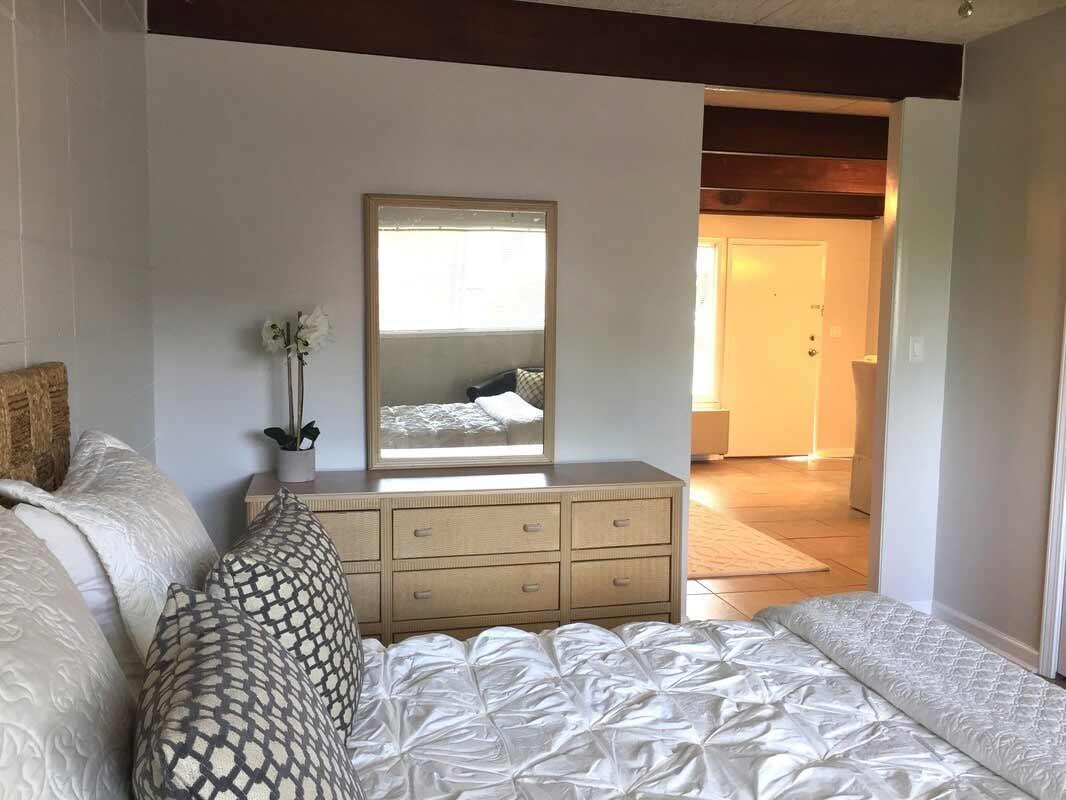 One Bedroom Apartments - Athens, GA - Carousel Village ...