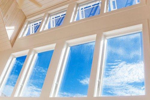 1368716-home-window-cleaning.jpg