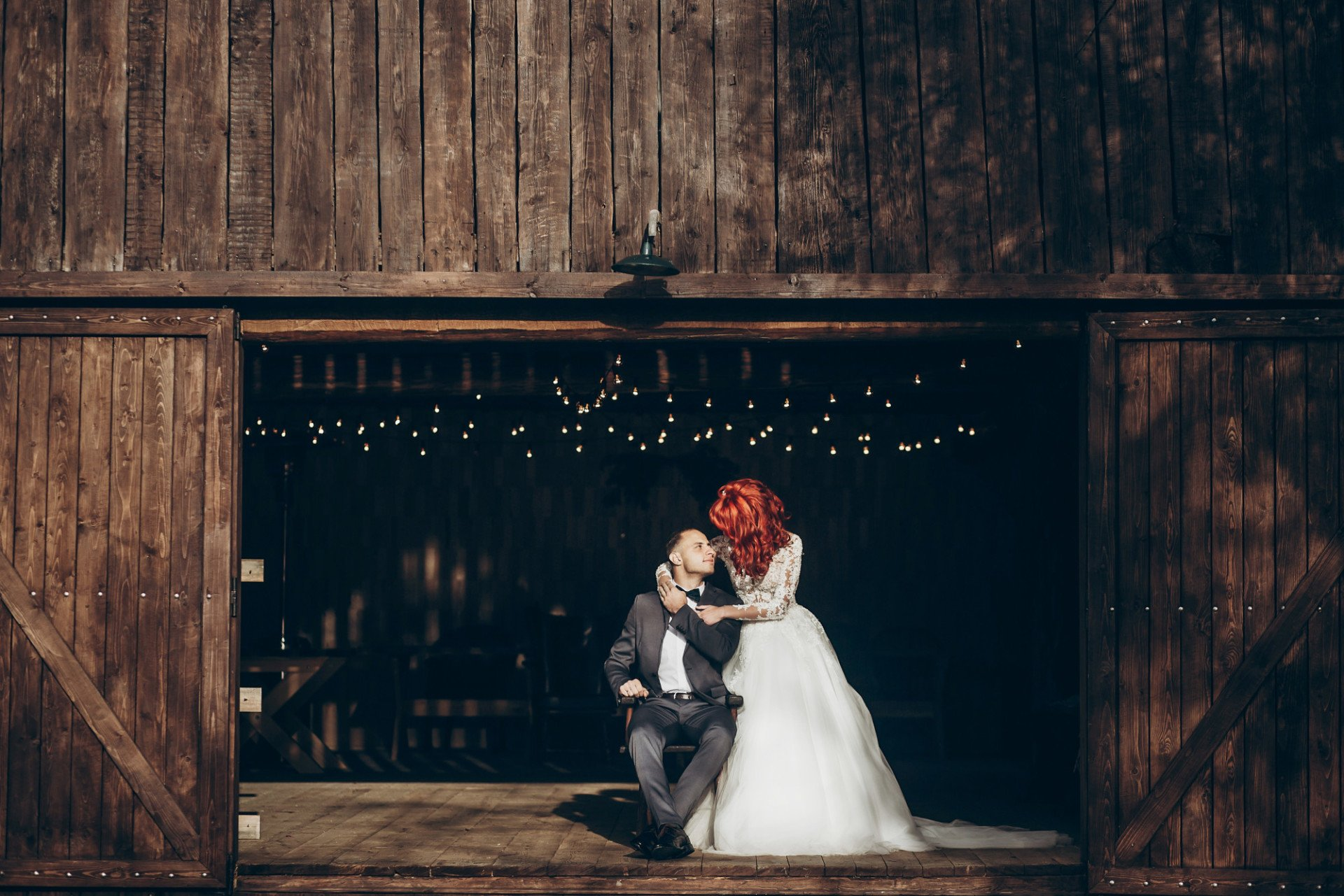 10 Ideas to Plan the Perfect Rustic Barn Wedding