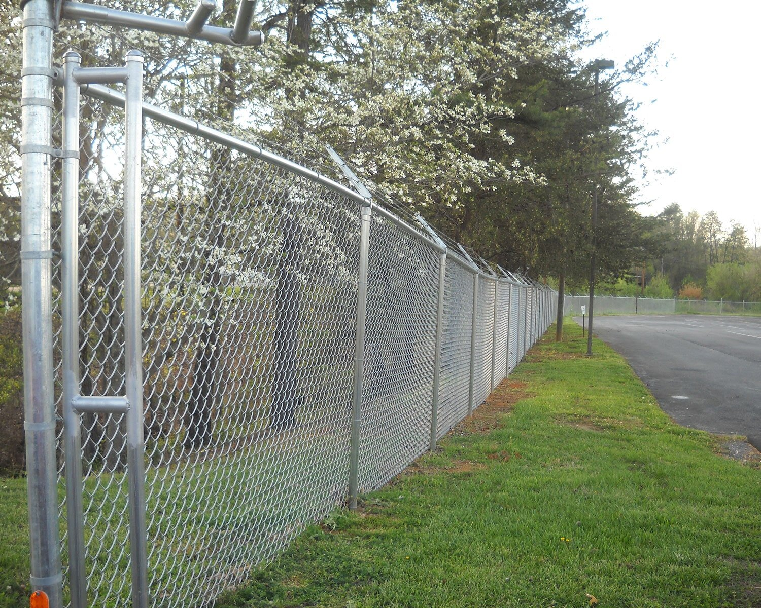 Chain Link With Barbwire Kingsport Tn Tri City Fence Co