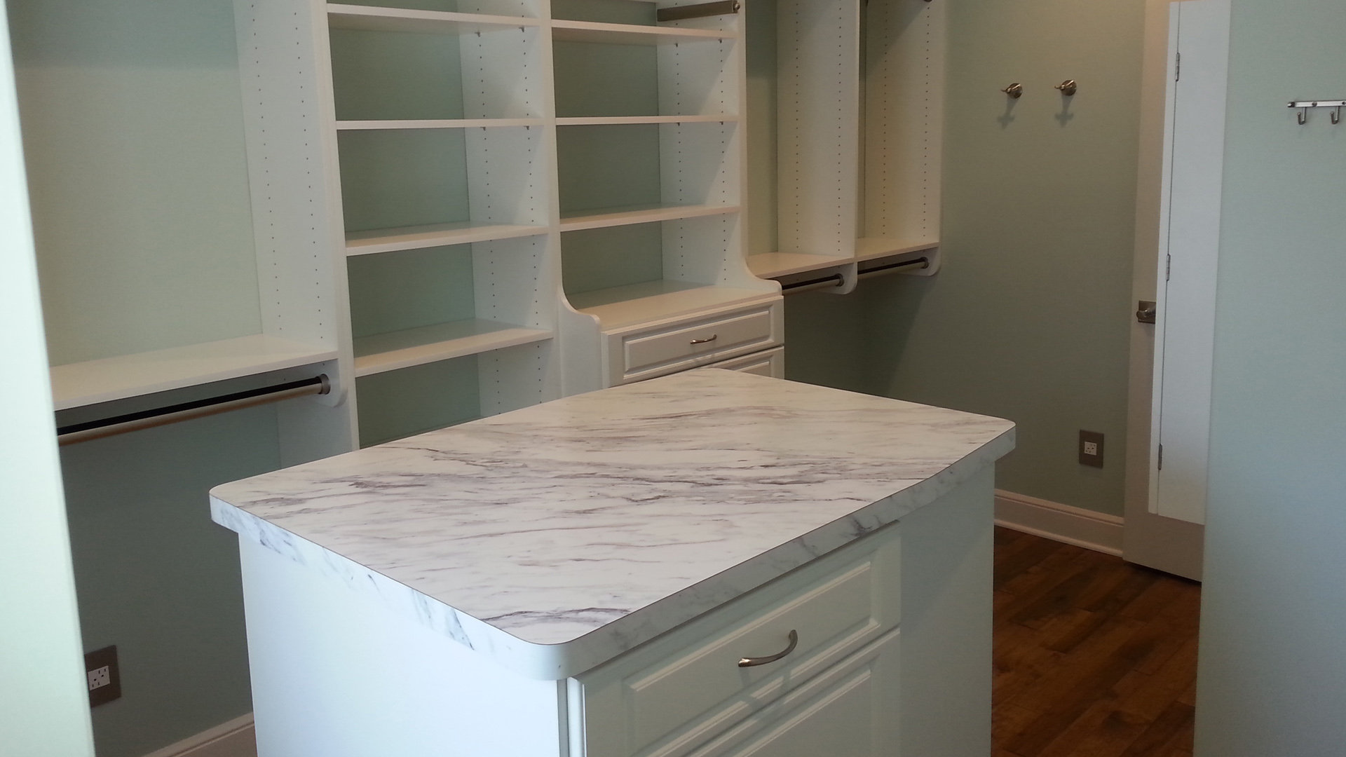 Marble Table   Storage In Erie, PA