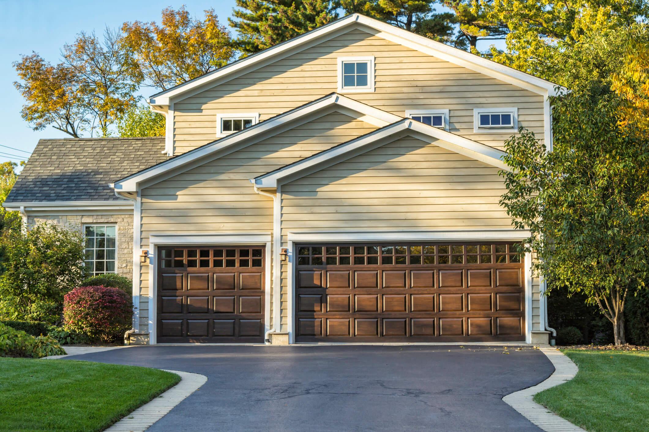 door des residential overhead courtyard collection moines doors garage