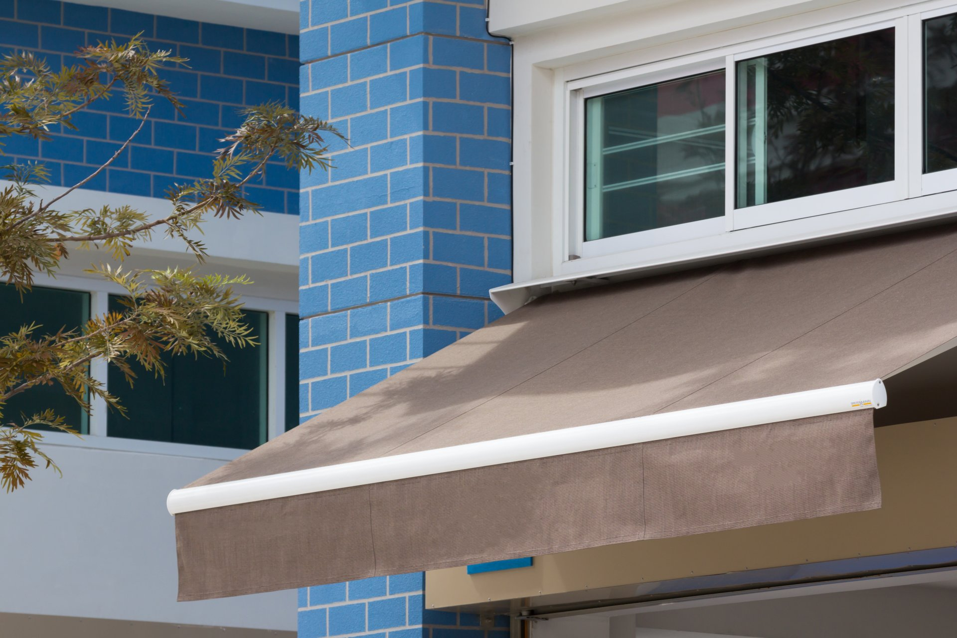 Custom Retractable Awnings for Your Home or Business ...