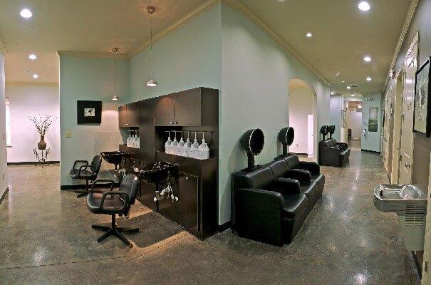 Beauty Salon | Mobile Alabama | Hairageous Salon and
