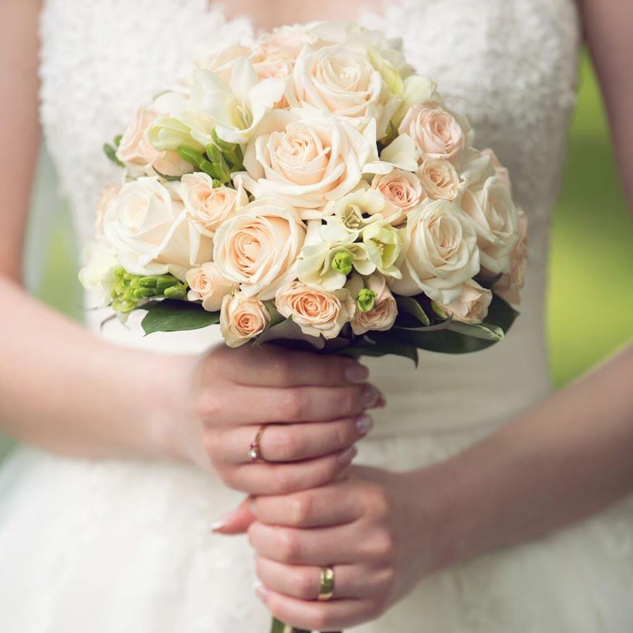 Home sango village florist clarksville tn wedding bouquet with white dress flower arrangement clarksville tn izmirmasajfo