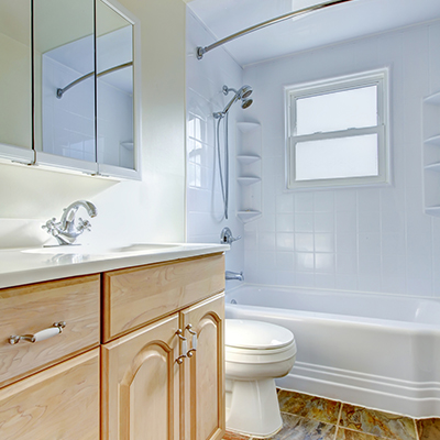 Clean Bathroom U2014 Bathtub Reglazing In Staten Island, NY