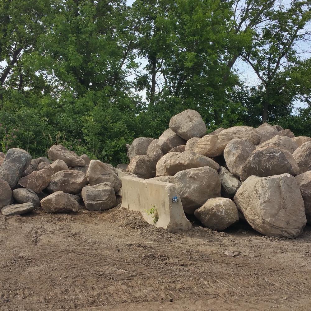 Landscape Boulders Medina Mn Kd Amp Company Recycling Inc