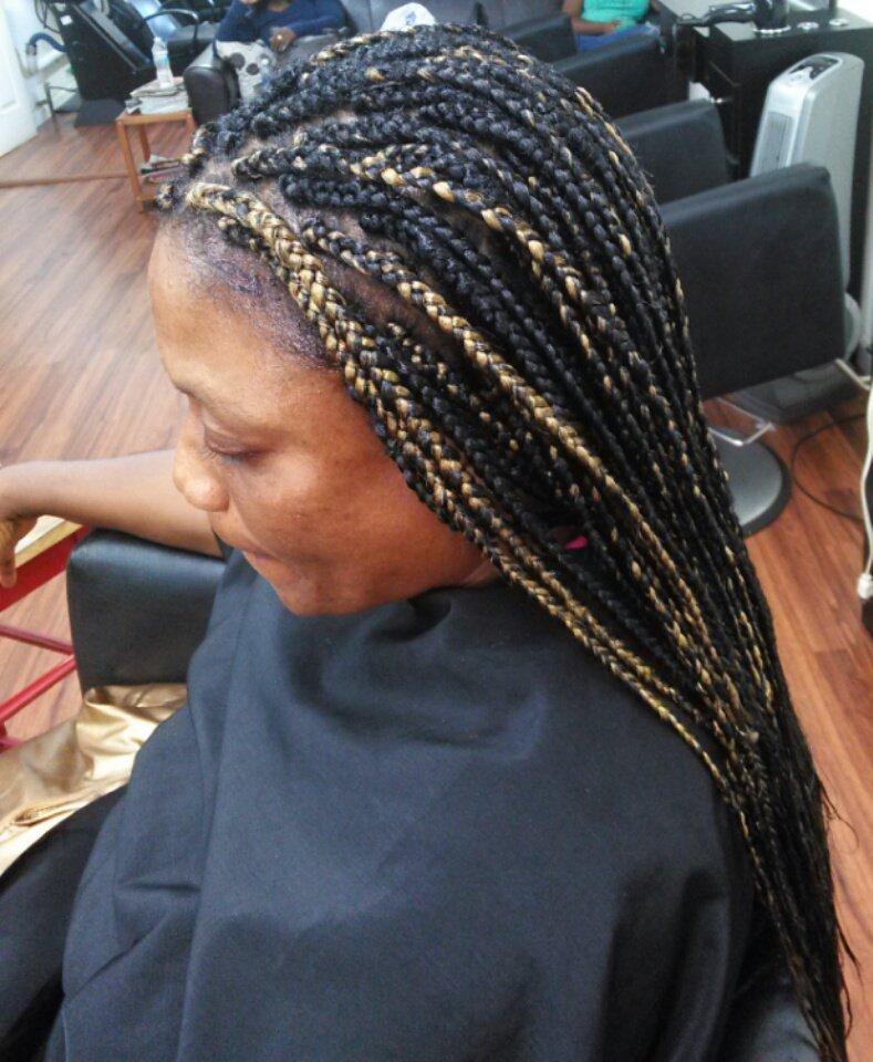Hairdresser In Jamaica: Victoria Hairstyles NYC