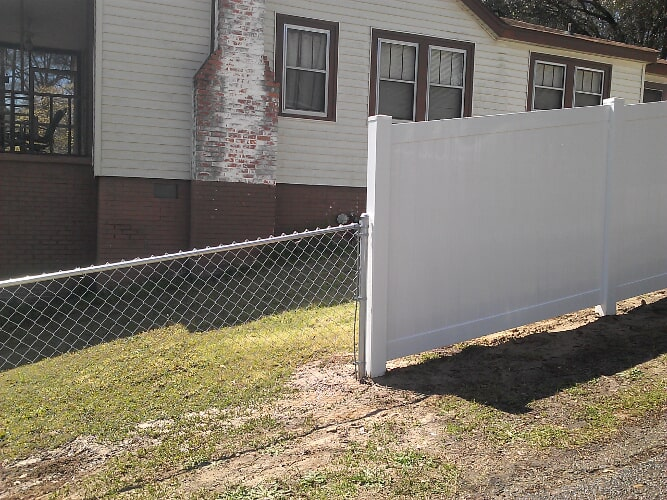 Beautiful Backyard Vinyl Fencing For Your Property   Columbia, SC   The Fence Company