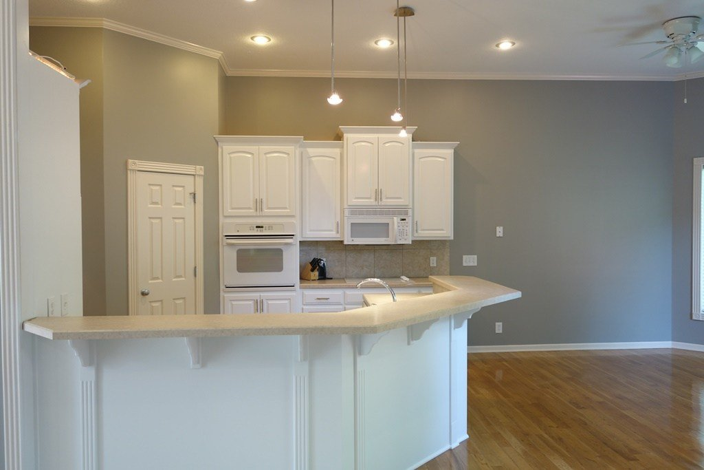 Factory Finish Kitchen Cabinet Painting In Kansas City