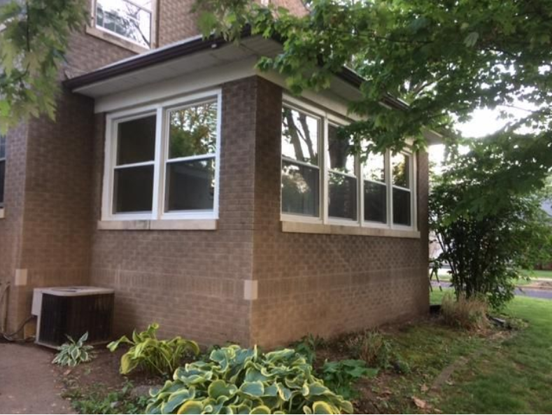 Window Replacement — House Window in Peoria, IL