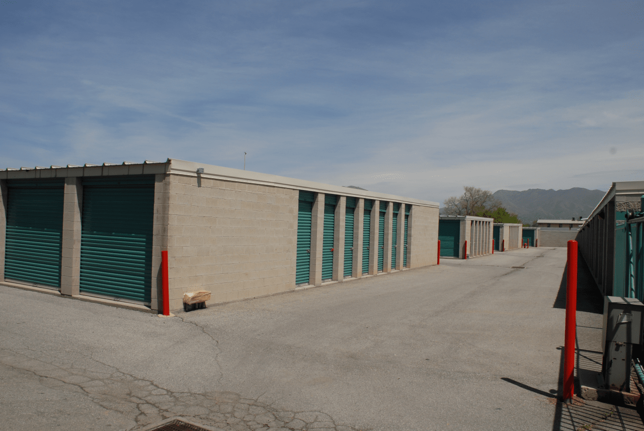 Privately owned with the same resident managers for over 10 years and centrally located Elite Storage can take care of all your storage needs. & Storage Units - Salt Lake City UT - Elite Storage