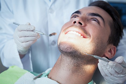 Root Canal Pain: Causes and How to Deal With It