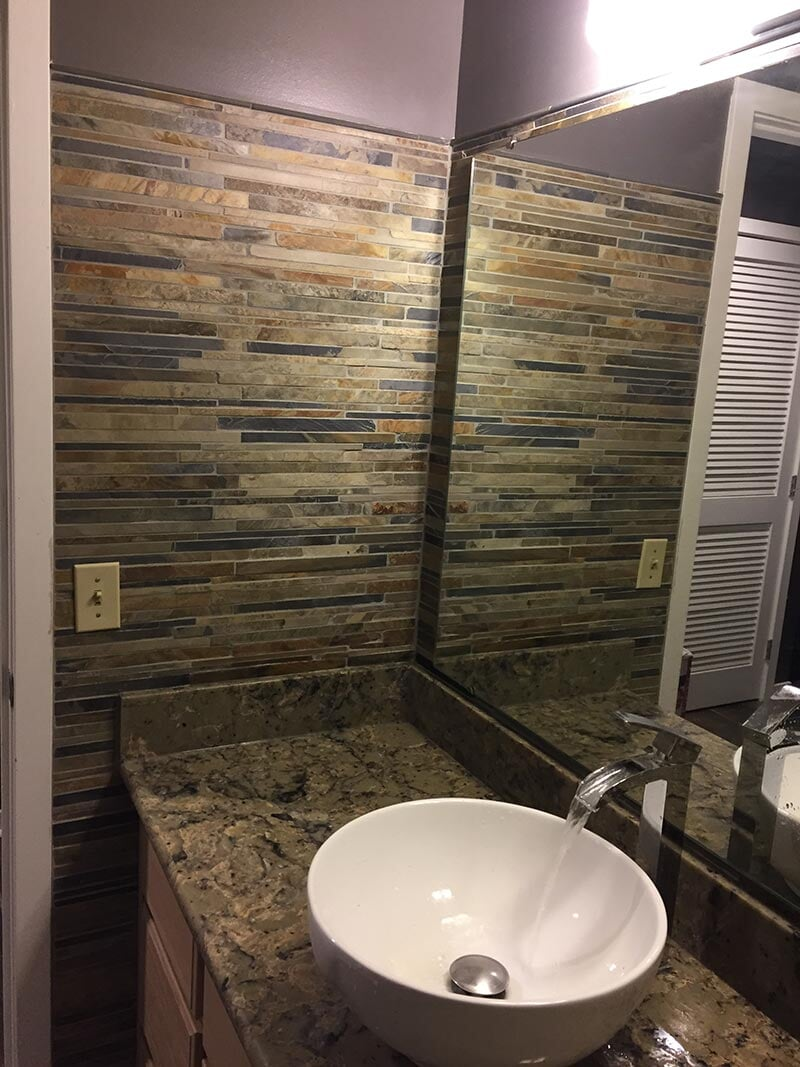 Contracting Installations Fort Wayne IN E R Contracting Inc - Bathroom remodeling fort wayne in