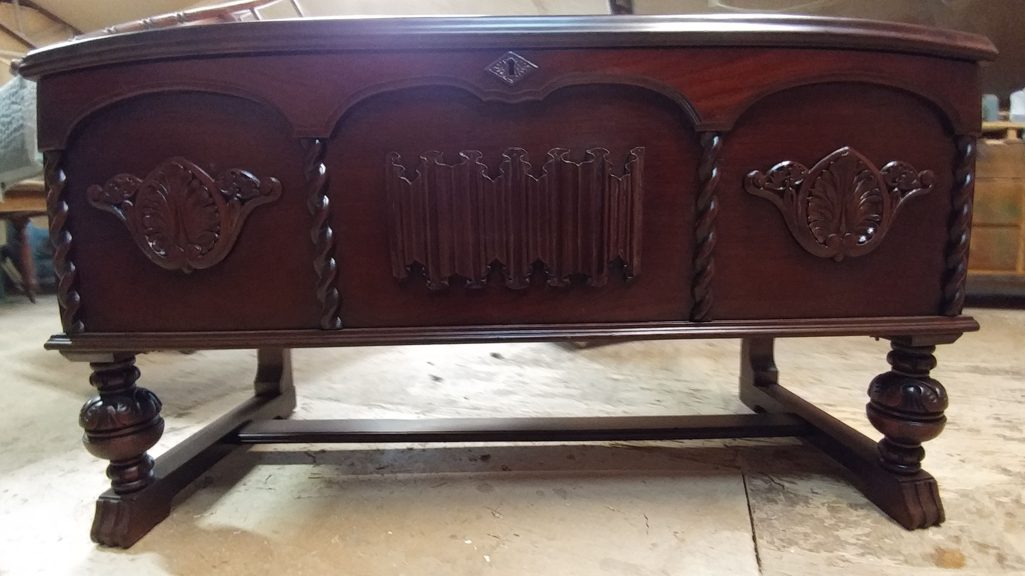 Merveilleux Restored Coffee Table   Furniture Restoration In Medford, OR