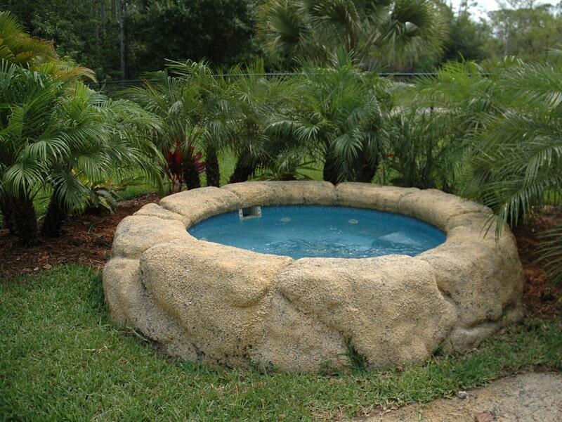 Spas tully ny royal fiberglass pools of ny inc - Tully swimming pool opening hours ...
