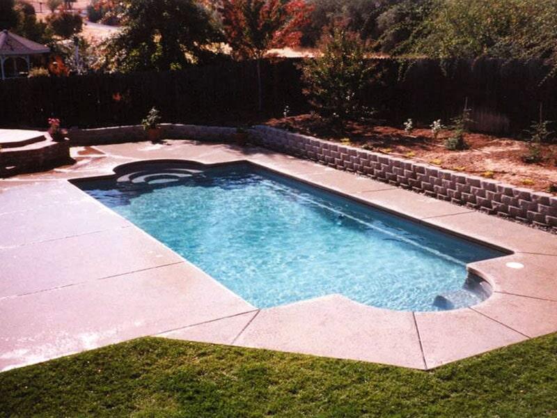 Classic tully ny royal fiberglass pools of ny inc - Tully swimming pool opening hours ...