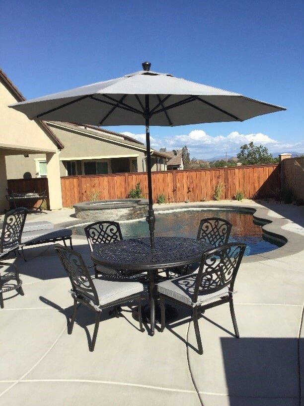 Table With Umbrella   Patio Accessories In Harrison St Corona, CA