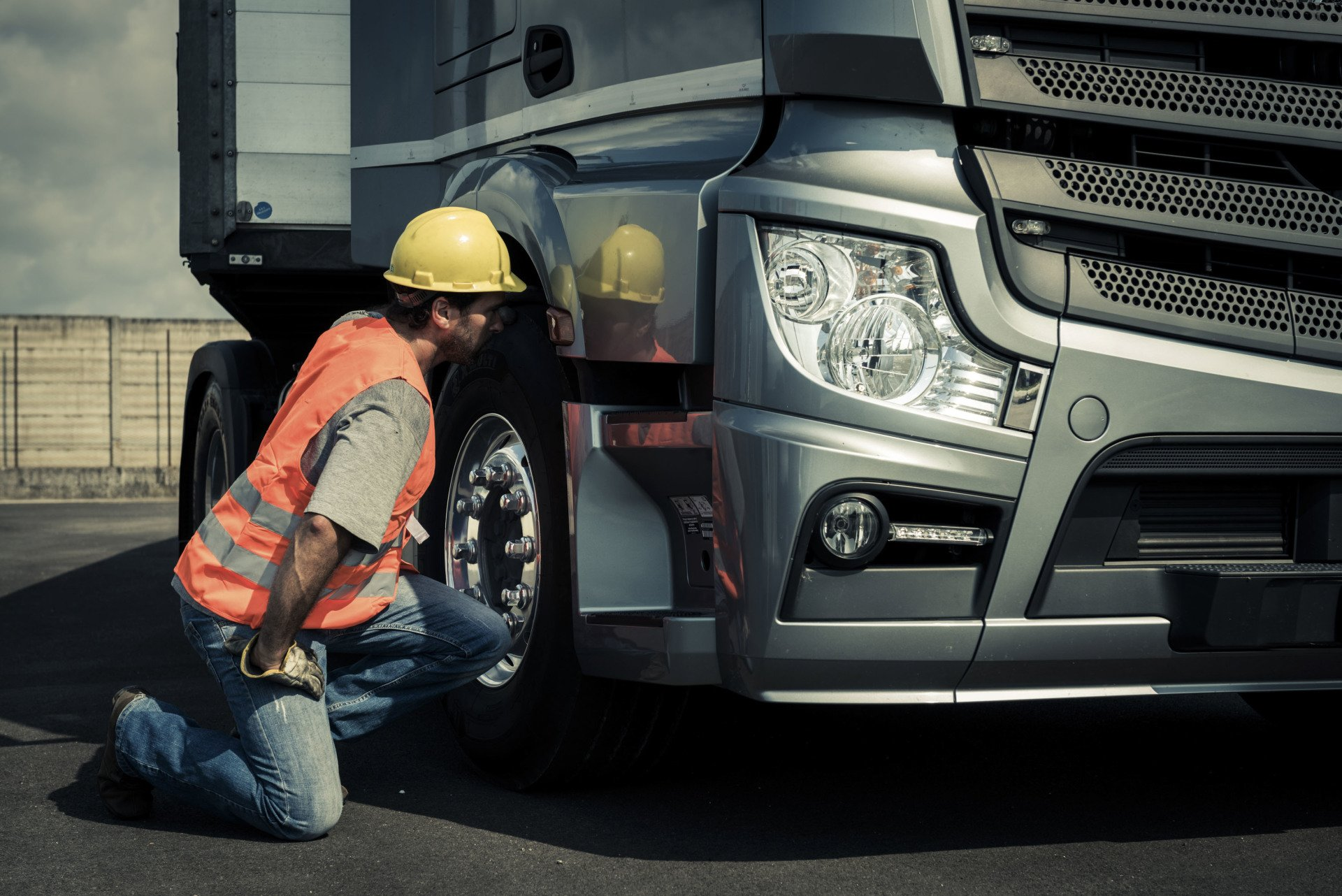 Wide load regulations, rules, flags and permit costs by state
