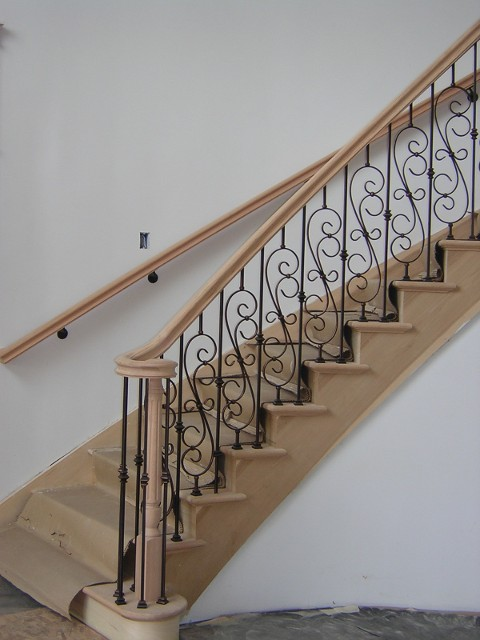 Wood Baluster Stairs   Quality Stairs In Washington County, Pennsylvania