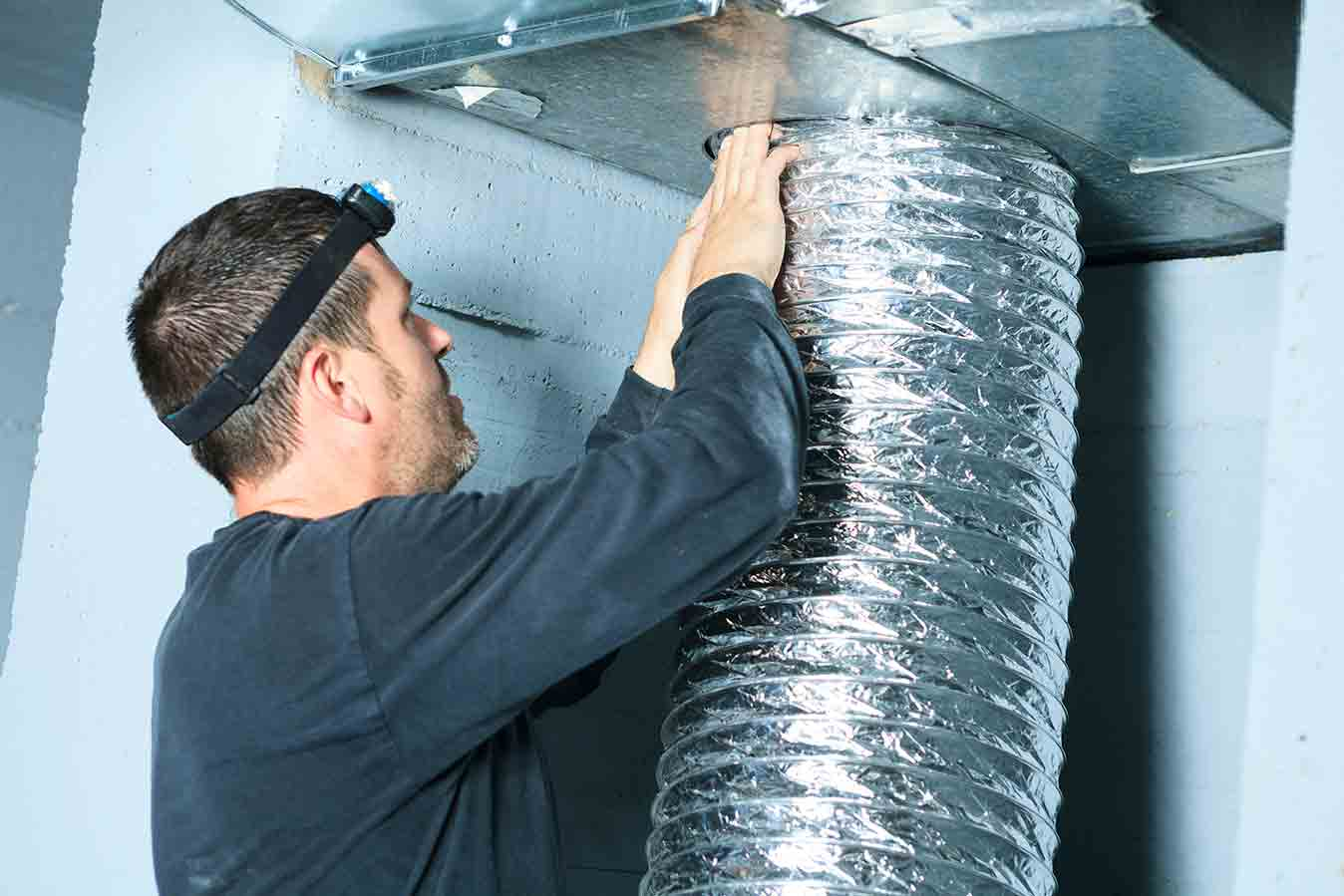 Why You Should Have a Professional Clean Your Air Ducts