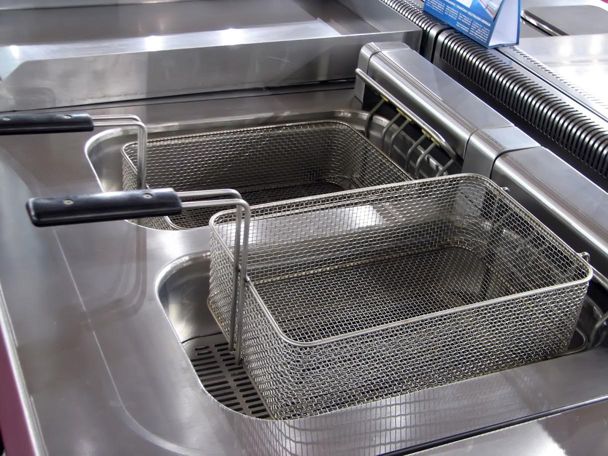Common Reasons for Commercial Deep Fryer Repairs