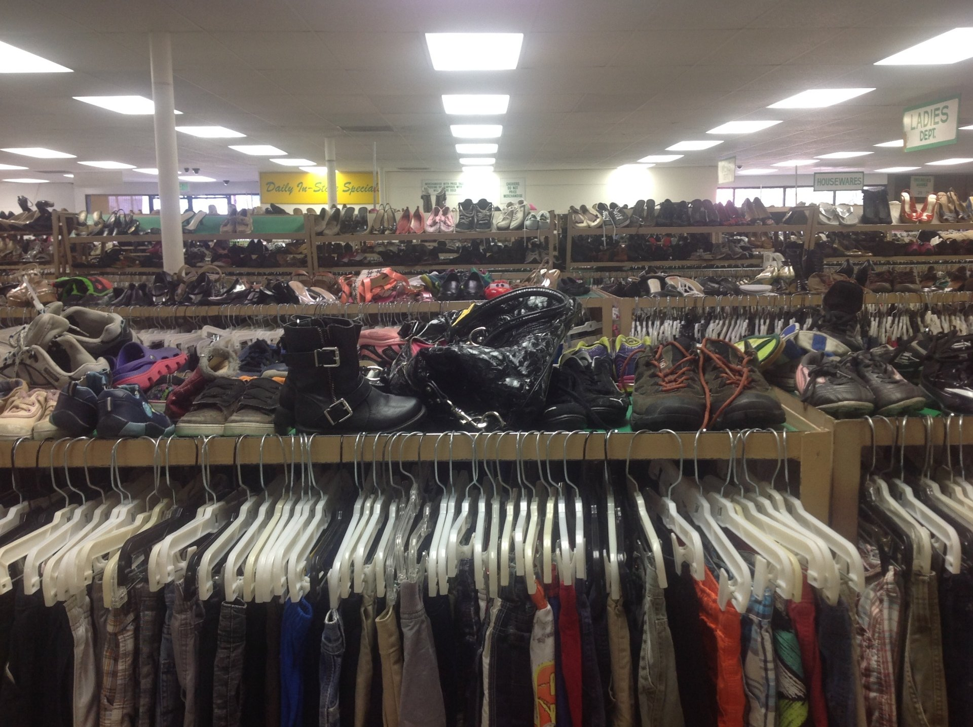 d6793ce13ba different kinds of cloths - clothing in Carson CA