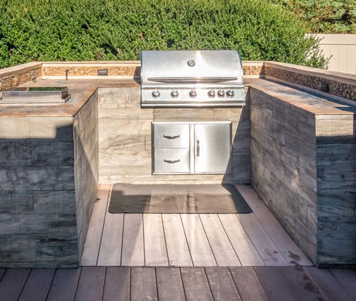 3 Options for Your Outdoor Kitchen Countertops