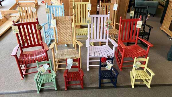 Lovely Wooden Chair   Furniture Stores In Elizabeth City, NC