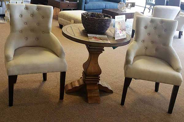 Nice Single Chair And Wooden Table   Furniture Stores In Elizabeth City, NC