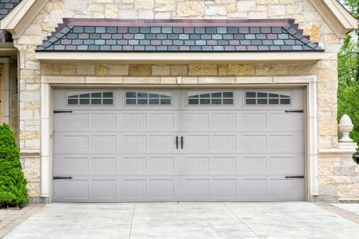 Finished Garage Door - House services in Defiance OH & Wayne Dalton Garage Doors | Defiance OH | Dilly Door Co.