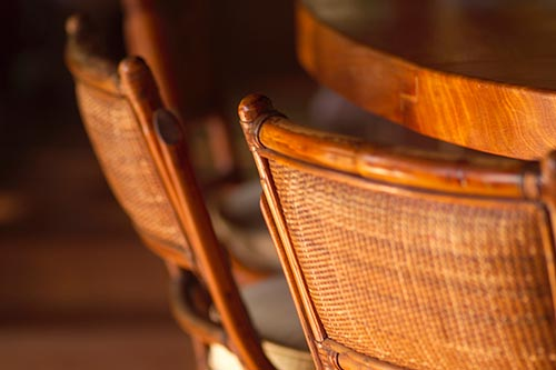 Etonnant Wooden Chair   Furniture Repair In Charlotte, NC