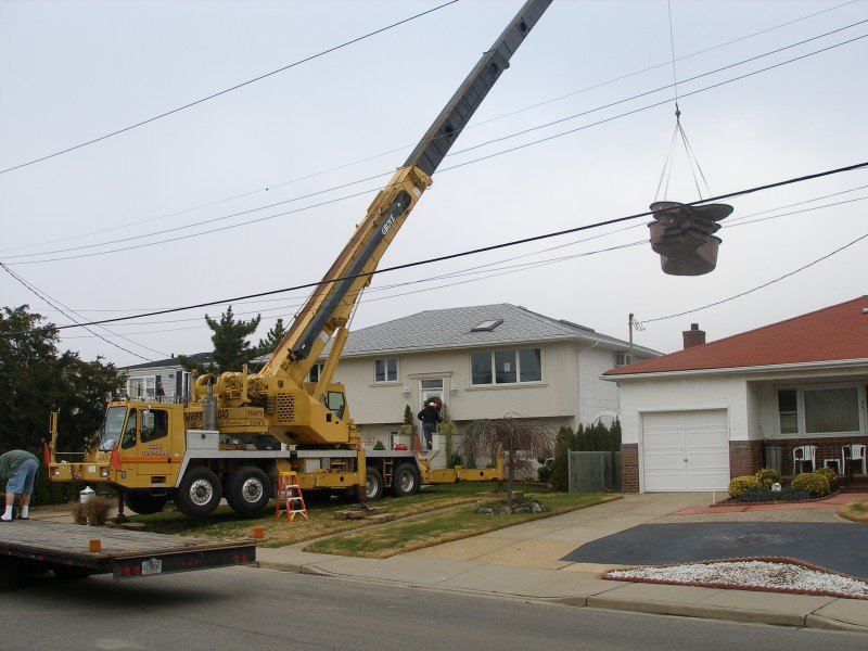 70 Ton Grove Placing A Prefabricated Pool Over A House In Island Park