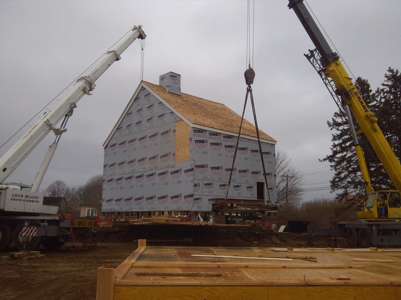 100 Ton Krupp & 100 Ton Grove Moving An Historical House To A New Foundation In Sagaponack