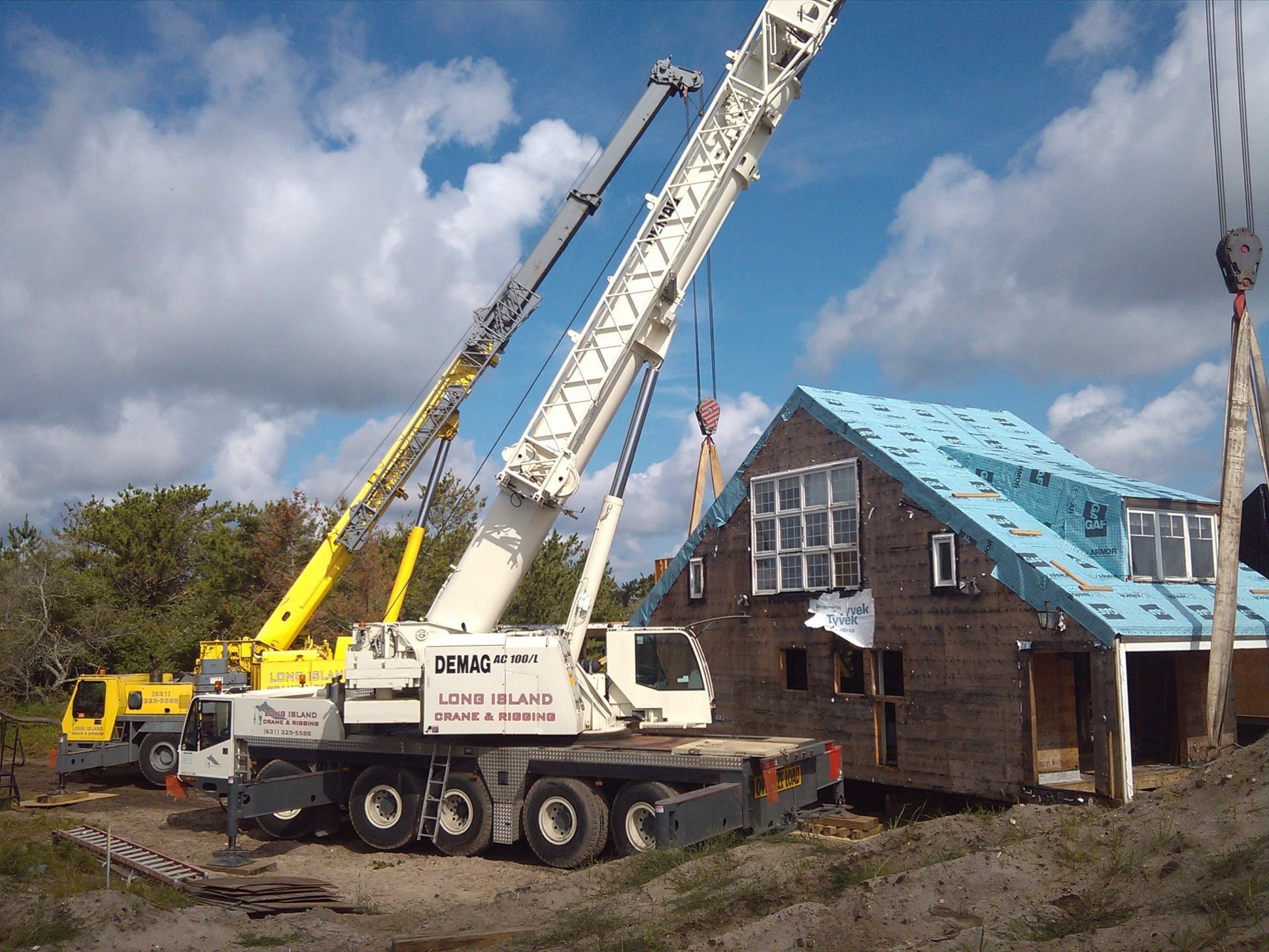 120 Ton Demag & 100 Ton Grove Setting A 100,000 lb House Onto A New Foundation in East Quogue
