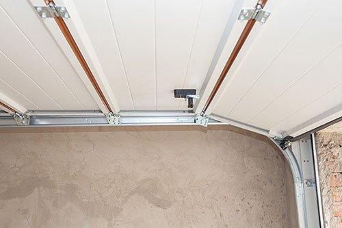 Three Tips For Choosing The Best Overhead Door For Your Garage Workshop