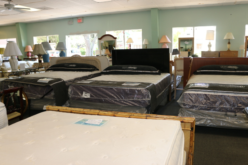 Superbe Used Bedroom Furniture   Bradenton, FL   Billu0027s Discount Center, ...