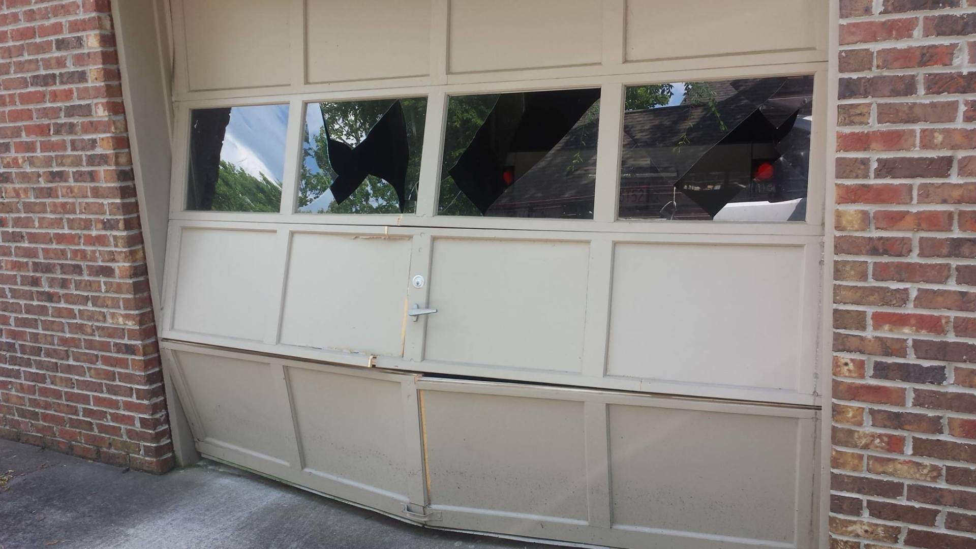 Garage Door Repair Installation Birmingham Al The Door Doctors