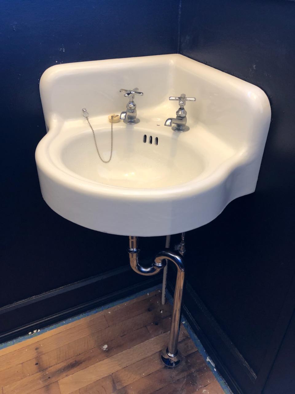 Vintage Clawfoot Tubs Sinks Durafinish