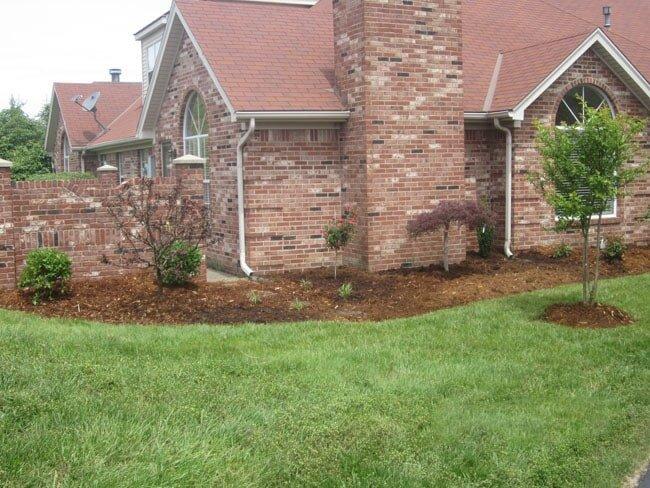Landscape Contractor ... - Mulch And Soil Service Louisville, KY Wayne's Lawn Service