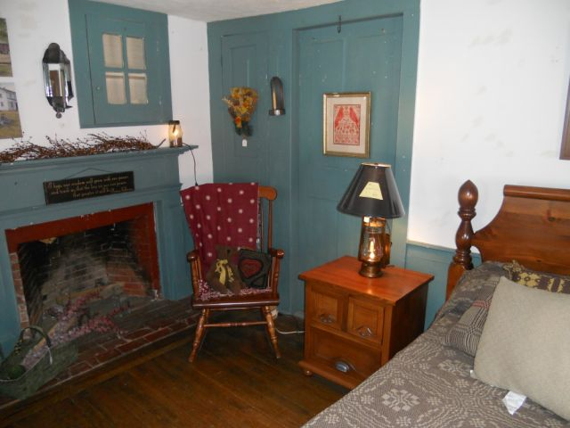 Bedroom Set, Country Furniture Store, Townsend, MA