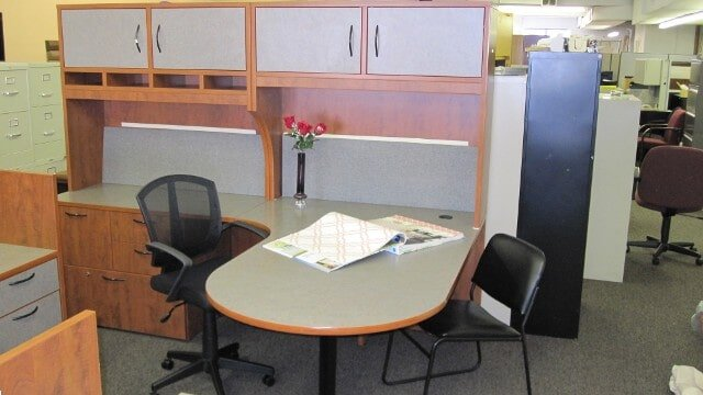 Quality Office Desk Other Furniture In Northeast Philadelphia Pa
