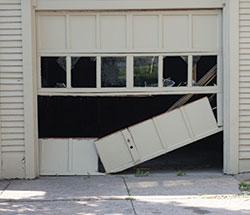 Merveilleux Broken Garage Door   Garage Door Repair And Removal In Peoria, IL