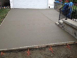 PRECAST CONCRETE VERSUS READY-MIX: WHAT YOU NEED TO KNOW