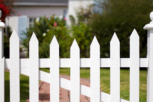 5 Styles Of Picket Fence For Your Front Yard