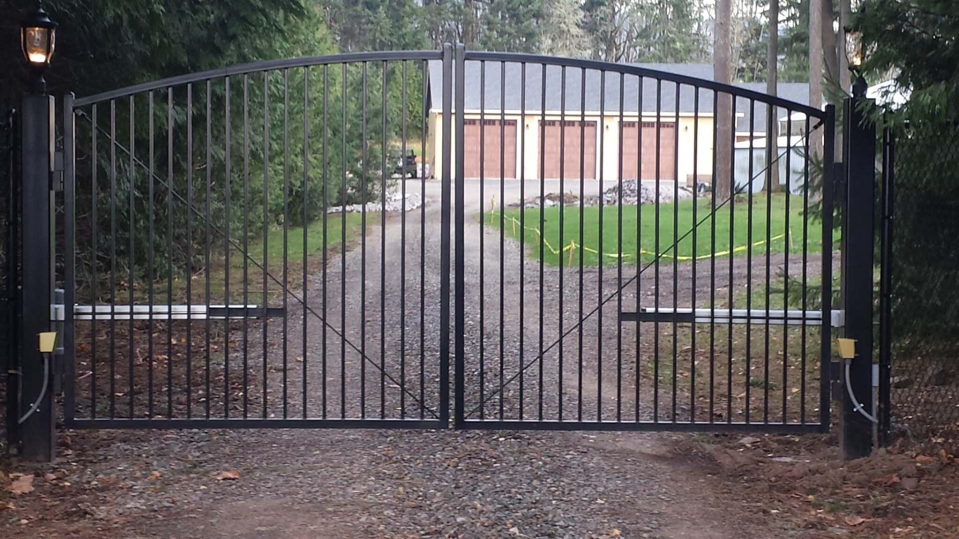 Fence Technicians Kelso Washington Cowlitz Fence Co