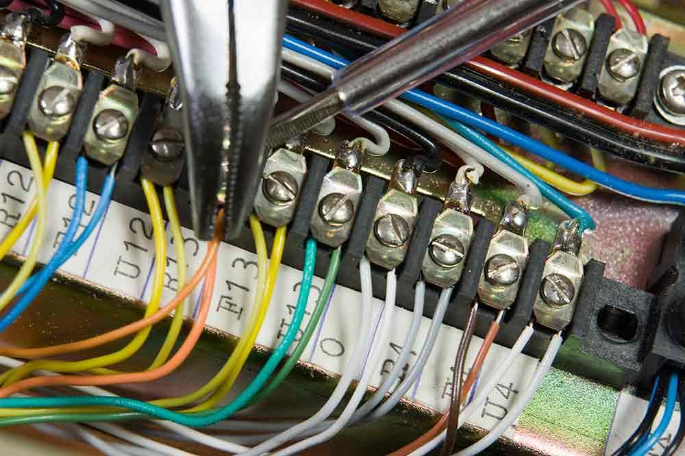 Gemütlich Wiring Your Own Home Zeitgenössisch - Elektrische ...